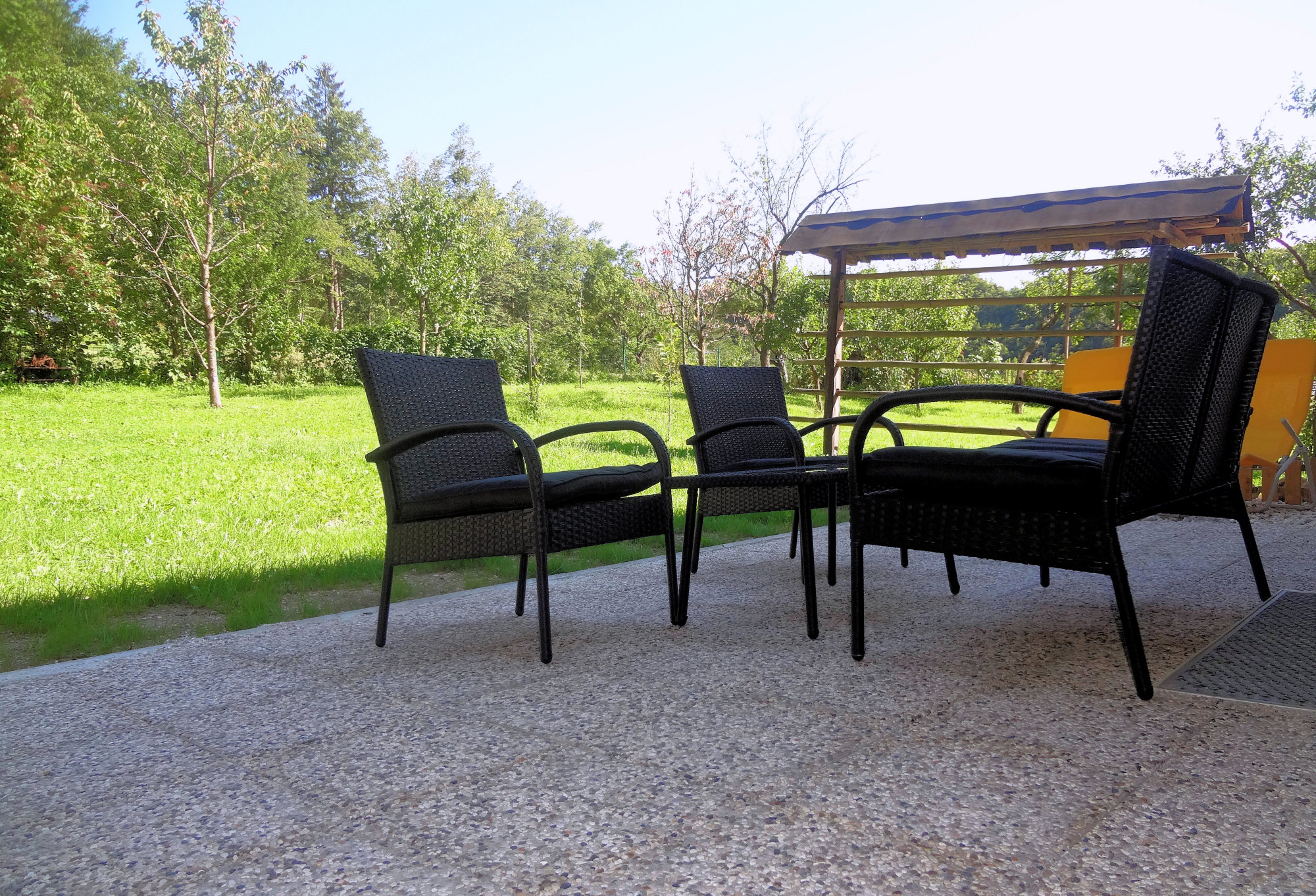 A garden furniture on the terrace of Apartments Fine Stay in the Gorenjska region of Slovenia