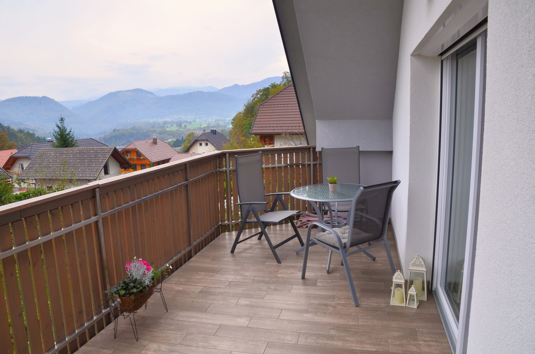 photos of the modern apartment with balcony