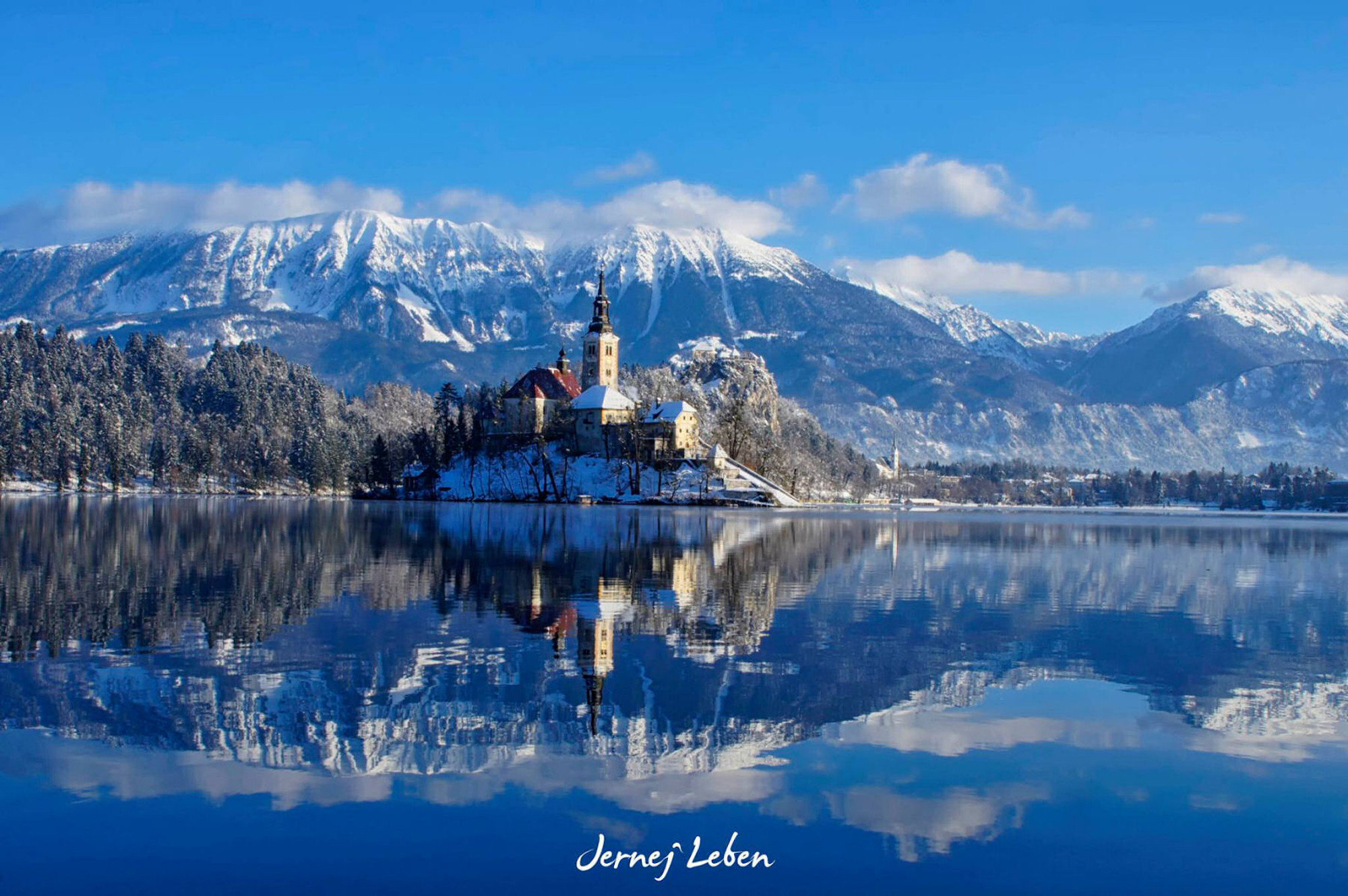 Photo Gallery Lake Bled Draped In Winter White In The Winter